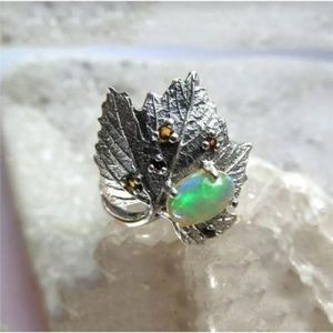 Silver Leaves Ring Size 10